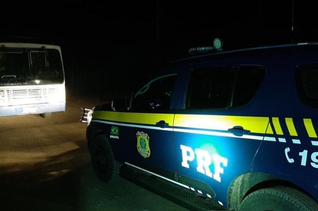 Foragido da justiça é preso dirigindo ônibus em Vacaria PRF/Divulgação