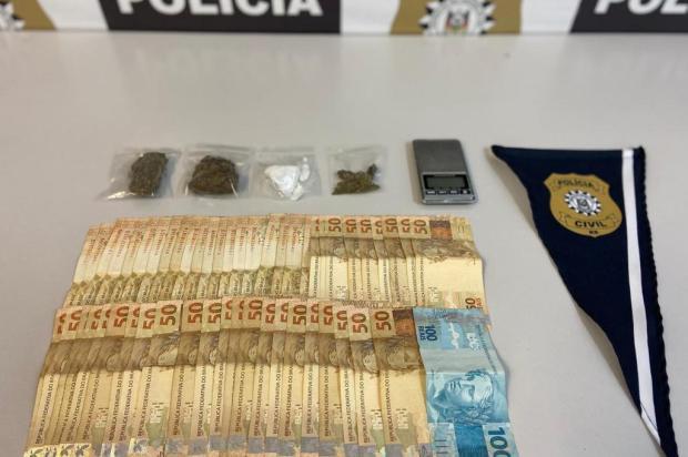 Dois são detidos em operação contra tráfico de drogas no bairro Rio Branco em Caxias Polícia Civil/Divulgação