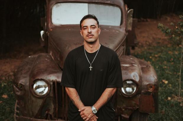 Veterano da cena rap em Caxias, Abel mostra disco novo Lucas Lena/Divulgação