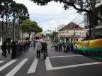 Manifestação em Caxias tem defensores e contrários ao presidente Jair Bolsonaro Antonio Valiente/Agencia RBS