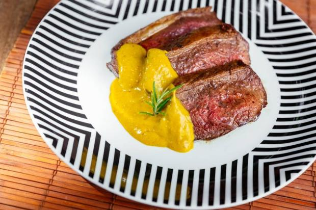 Quer arrasar na cozinha? Experimente fazer picanha ao forno com molho de mostarda Omar Freitas / Agência RBS/Agência RBS