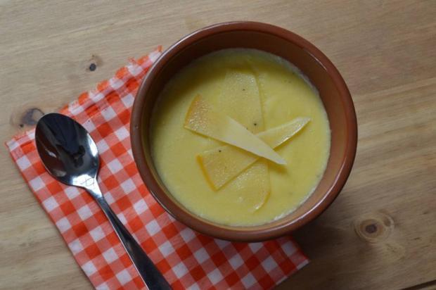 Na Cozinha: para esquentar, que tal um creme de polenta com queijo? Aluisio Pinheiro / Agência RBS/Agência RBS