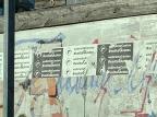 """Cartazes da campanha """"endireita Caxias e volta Guerra"""" aparecem colados em muros Juliana Bevilaqua/Agencia RBS"""