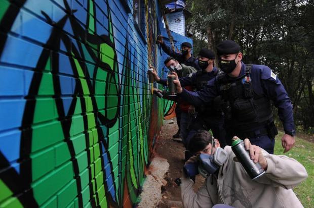 Sede da Guarda Municipal de Caxias recebe revitalização com grafite Marcelo Casagrande/Agencia RBS