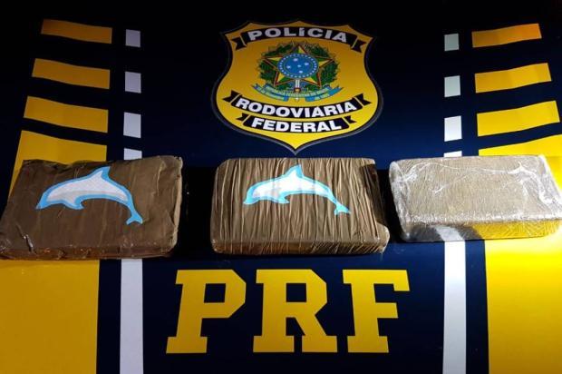 Motorista é preso com três quilos de drogas na BR-470, em Bento Gonçalves PRF / Divulgação/Divulgação