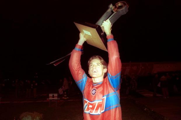 Autor de gol contra o Grêmio em 2000 recorda conquista histórica com o Caxias Nereu de Almeida/Agencia RBS