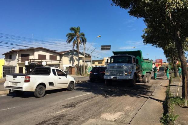 Obra de recapeamento deixa Perimetral Norte em meia pista, em Caxias André Fiedler/Agência RBS
