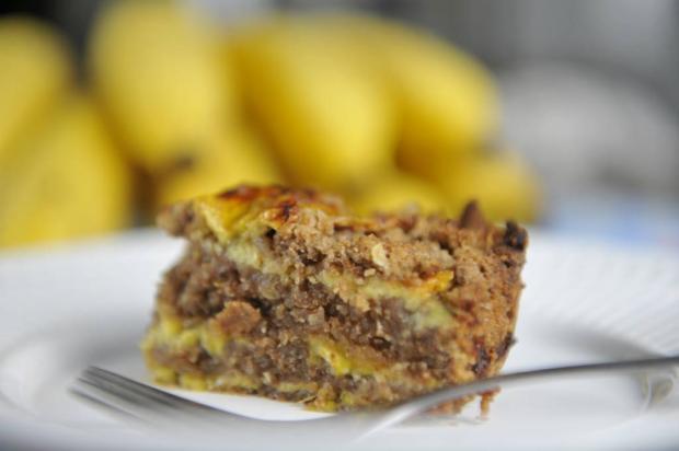 Quer um doce fácil? Aprenda a fazer bolo integral de banana Rafaela Martins/