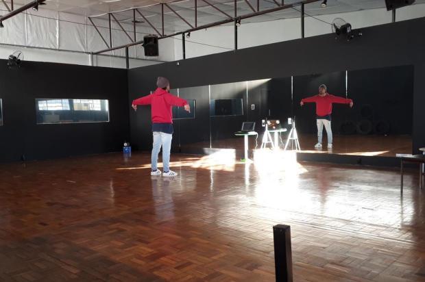 Salas fechadas há três meses, aulas restritas e perda de alunos: como a pandemia desafia escolas de dança da região Acervo pessoal/Divulgação