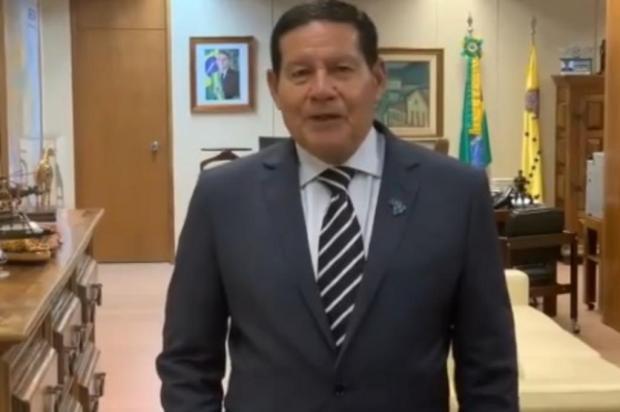 Vice-presidente parabeniza Caxias do Sul pelo aniversário Facebook Ivanir Gasparin/Reprodução