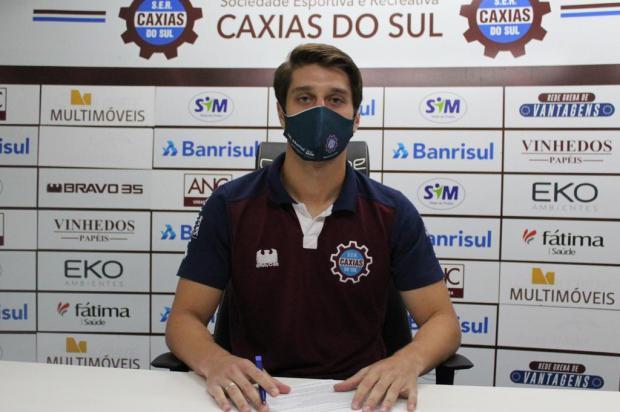 Caxias anuncia terceira renovação de contrato Vitor Soccol Dinâmica Conteúdo/Divulgação