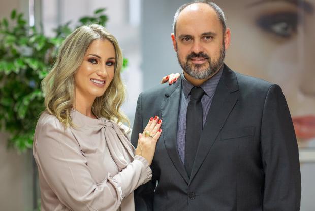 Sociedade por João Pulita Thiago Silva / Divulgação/Divulgação