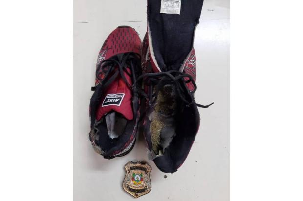 Pai é preso por esconder maconha em tênis para filho em penitenciária de Caxias do Sul Susepe / Divulgação/Divulgação