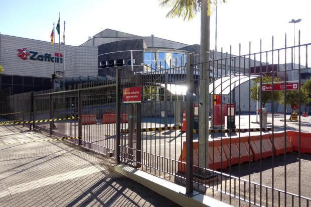 Vigilância Sanitária interdita supermercado no Centro de Caxias do Sul Aline Ecker/Agência RBS