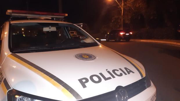 Homem reage à abordagem da Brigada Militar, atira contra policiais e é baleado em Gramado Angelo De Zorzi / Divulgação Brigada Militar/Divulgação Brigada Militar