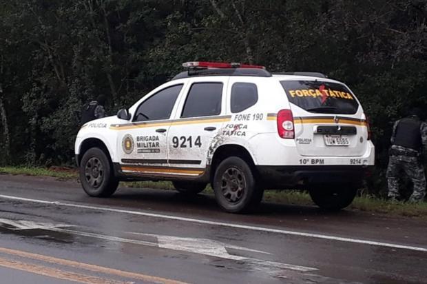 Cercamento eletrônico aponta veículo furtado e suspeito morre em confronto com a BM em Lagoa Vermelha Brigada Militar / Divulgação/Divulgação