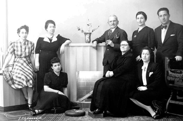 Bodas de ouro de Rodolfo e Josefina Braghirolli em 1935 Reprodução/Divulgação