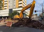 Obras bloqueiam a Rua Tronca no cruzamento com a Marechal Floriano, em Caxias André Fiedler/Agência RBS