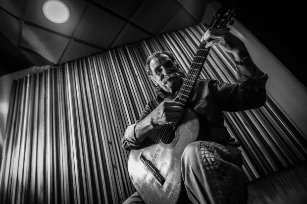 Violonista radicado em Caxias Lúcio Yanel apresenta live caseira neste domingo, nas redes sociais Carlos Macedo/Agencia RBS