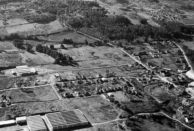 Um arrabalde visto das alturas nos anos 1970 Mauro De Blanco,Arquivo Histórico Municipal João Spadari Adami,divulgação/Divulgação