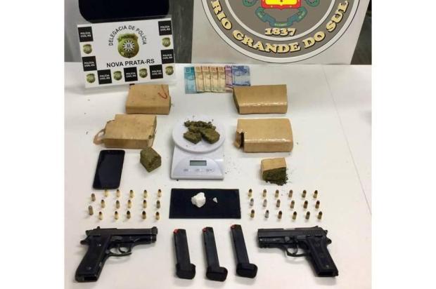 Homem é preso com duas pistolas e maconha em Nova Prata Brigada Militar / Divulgação/Divulgação