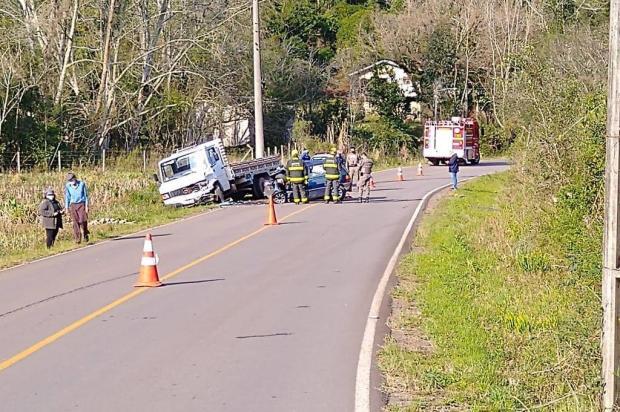 Homem morre em acidente entre carro e caminhão no interior de Boa Vista do Sul Delano Pieta/Rádio Garibaldi/Divulgação