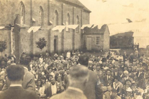 Igreja de Santa Catarina na década de 1930 Acervo Arquivo Histórico Municipal João Spadari Adami/divulgação