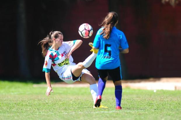 Atacante do Brasil-Fa defende qualidade do futebol feminino e sonho de carreira profissional Porthus Junior/Agencia RBS