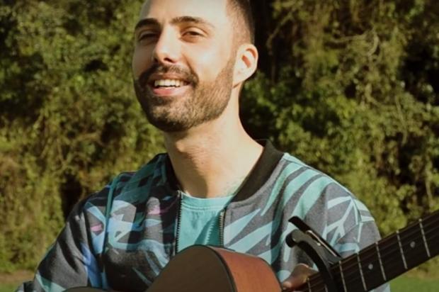 Conheça o som do músico Elly Reprodução/Divulgação