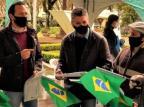Pré-candidatos da chapa DEM/PSD de Caxias participam de drive-thru solidário Carlos Eduardo Coelli/Divulgação