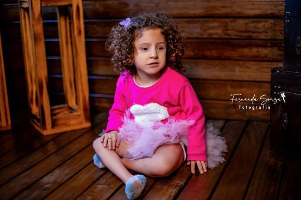 Fotógrafa de Farroupilha cria projeto para valorizar crianças com deficiência Fernanda Sousa/Divulgação