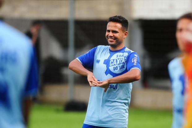 Destaque na temporada, lateral Ivan projeta conquistas com o Caxias Porthus Junior/Agencia RBS