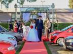 Lagoa Vermelha: noivos celebram amor em primeiro casamento no modelo drive-in do RS em meio à pandemia Cristian Ribeiro/Divulgação