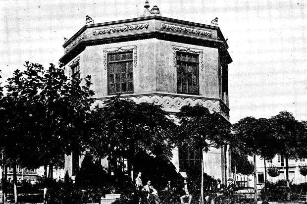 Um ponto de encontro no coração de Caxias em 1920 Arquivo Histórico Municipal João Spadari Adami / Divulgação/Divulgação