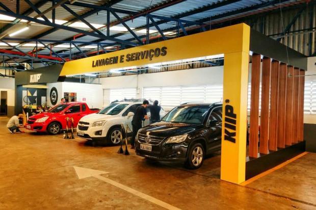 Caxias ganha empreendimento que lava o carro enquanto o cliente vai ao mercado KIIP Gold/Divulgação