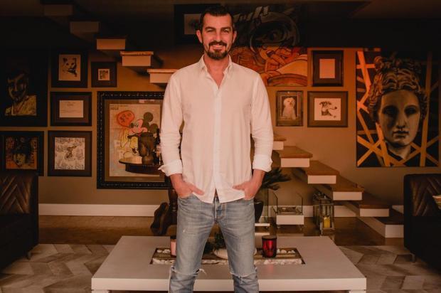 Belezas para o mundo: conheça o universo do arquiteto e artista plástico Vitor Hugo Senger Alex Battistel/Divulgação