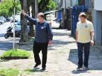 Sartori faz caminhada com candidato a prefeito de Caxias e grava para horário eleitoral Luiz Chaves/Divulgação