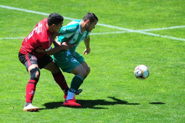 Juventude demora para acordar e perde para o Brasil-Pel no Alfredo Jaconi Porthus Junior/Agencia RBS
