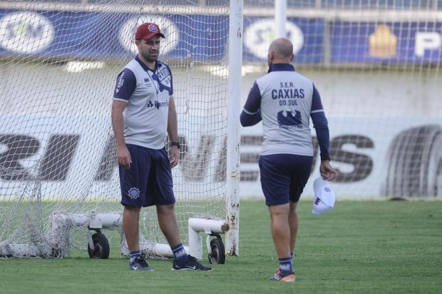 Técnico do Caxias confirma time titular e elogia solidez defensiva do Marcílio Dias Antonio Valiente/Agencia RBS