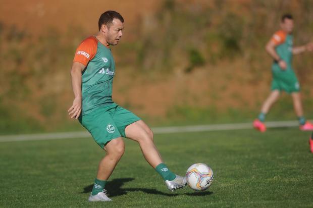 """""""Às vezes, não é só o jogo bonito"""", afirma Cajá sobre característica da Série B Marcelo Casagrande/Agencia RBS"""