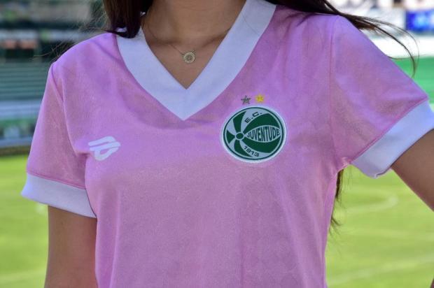 Juventude lança camisa alusiva ao Outubro Rosa Divulgação/EC Juventude