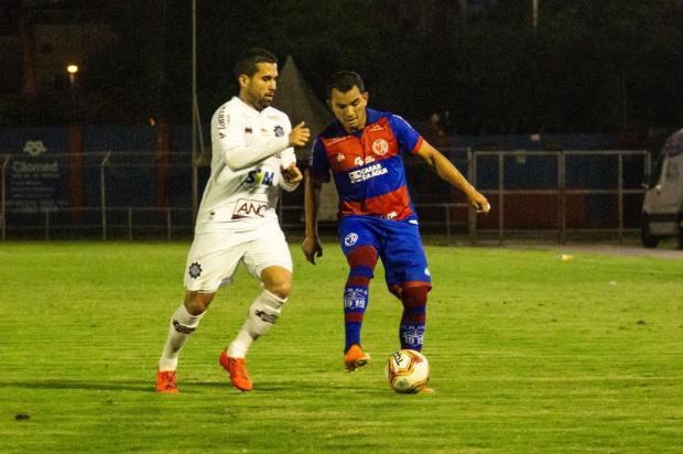 Caxias perde para o Marcílio Dias e deixa a liderança do grupo A-8 Bruno Golembiewski/CNMD