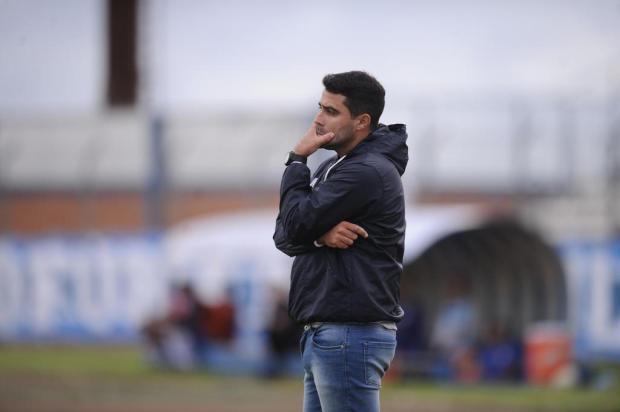 """""""Foi a nossa pior partida do ano"""", diz técnico do Caxias após derrota para o Marcílio Antonio Valiente/Agencia RBS"""