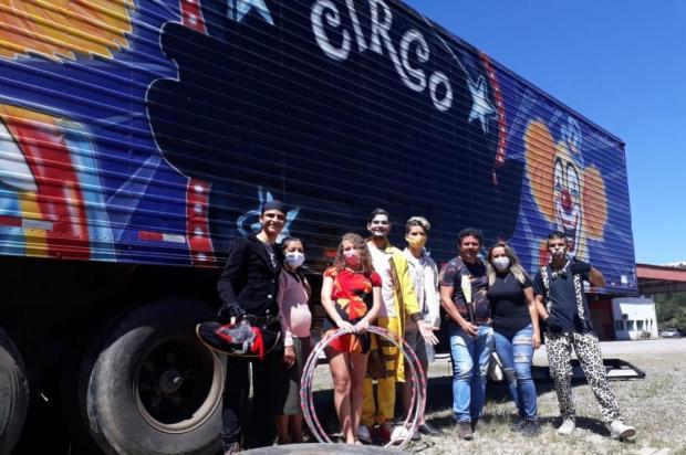 Artistas circenses da Paraíba estão ilhados em Caxias e pedem ajuda Róger Ruffato/Agência RBS