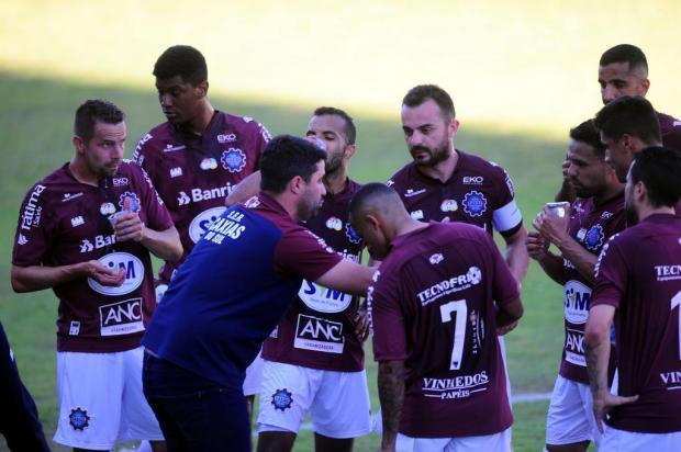 """""""Vamos ter que fazer mudanças"""", diz técnico do Caxias após nova derrota Porthus Junior/Agencia RBS"""