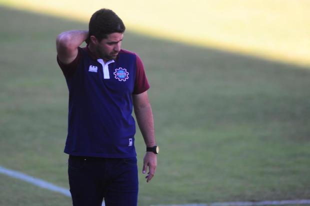 Caxias perde para o Novorizontino e chega a quatro partidas sem vitória Porthus Junior/Agencia RBS