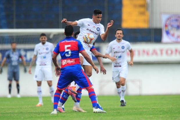Galeria de fotos: veja as imagens do empate do Caxias diante do Marcílio Dias Porthus Junior/Agencia RBS