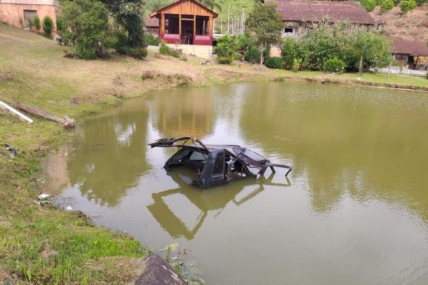 Jovem perde controle de carro e morre em acidente, em Farroupilha Neuza Molon Mansan/Divulgação