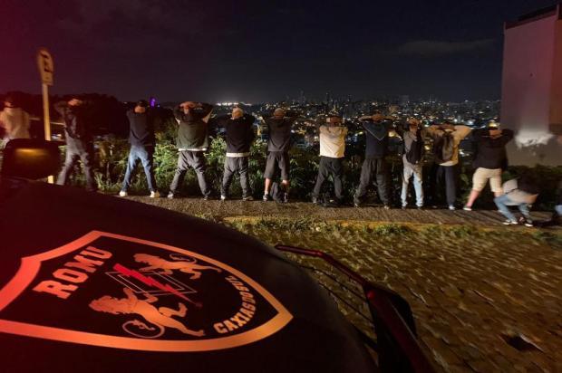 Guarda Municipal de Caxias dispersa mais de 60 jovens no bairro Colina Sorriso Guarda Municipal/Divulgação