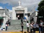 Cerca de 25 mil pessoas devem passar pelo Cemitério Público Municipal em Caxias Antonio Valiente/Agência RBS